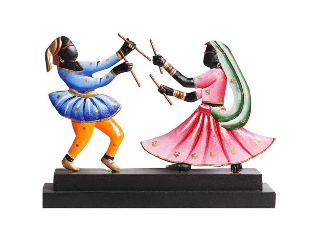 Dancing Couple Showpiece