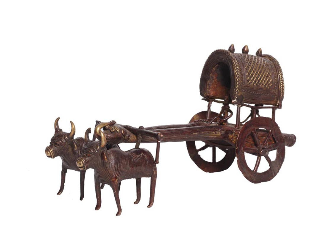 brass metal bullock cart showpiece
