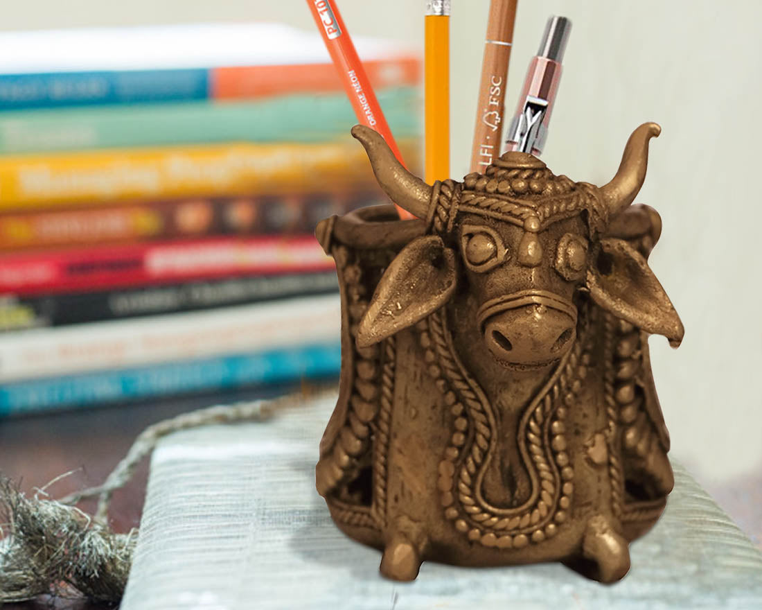 Dhokra Art Bull Design Pen Holder
