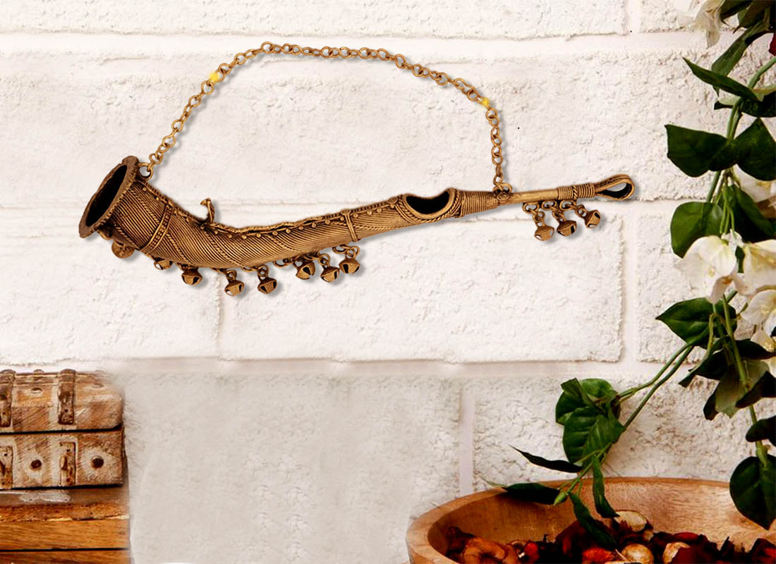 Antique Dhokra Art Small Trumpet Décor
