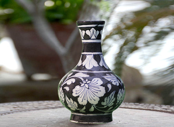 Black Hand-painted Flower Vase