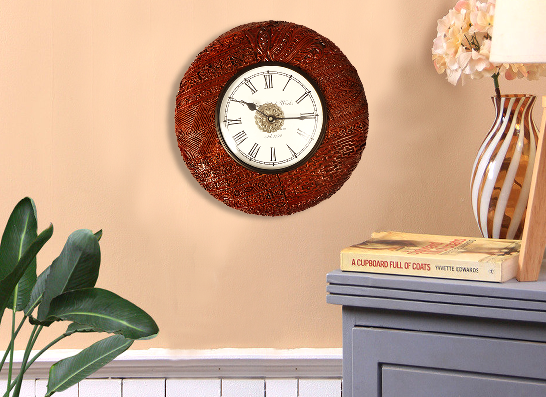 Decorative Round Wooden Wall Clock