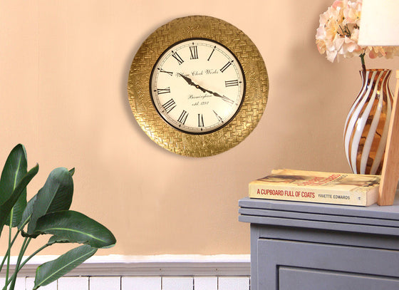 Handcrafted Design Metal Wall Clock