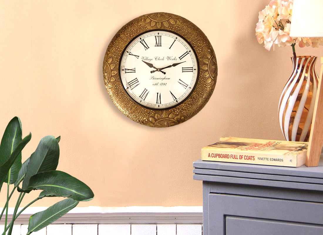 Floral Design Metal Wall Clock