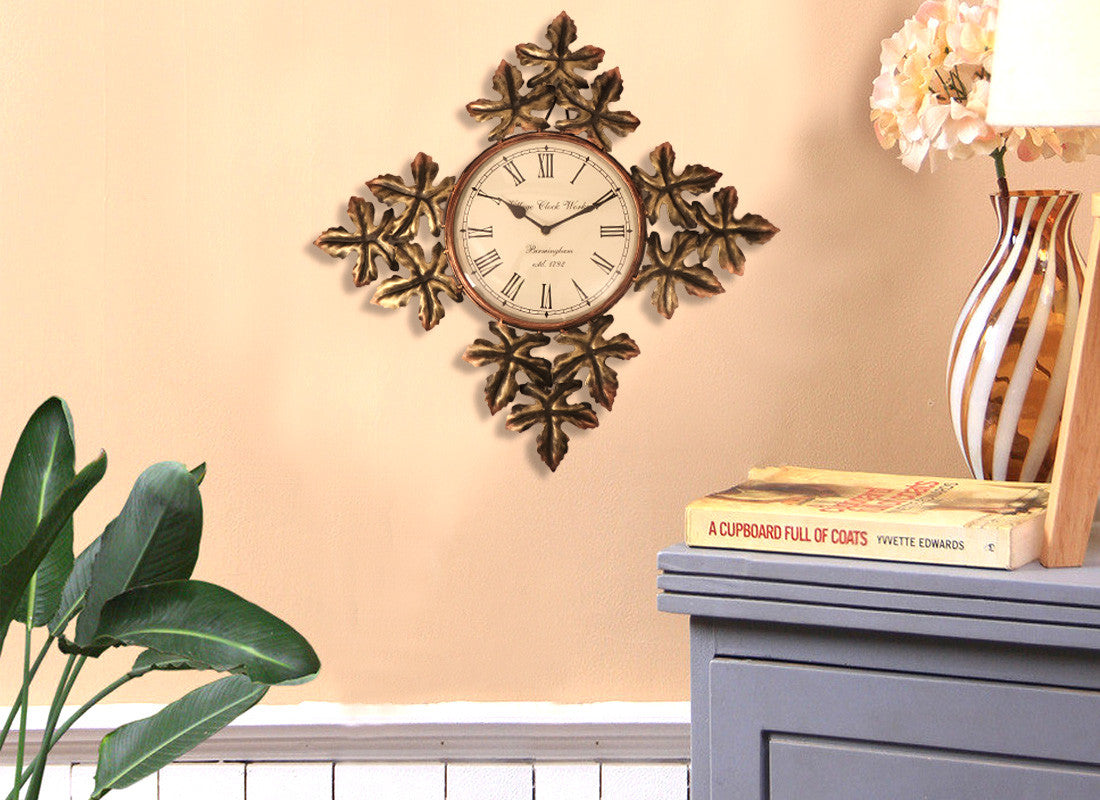 Decorative Leaf Design Wall Clock
