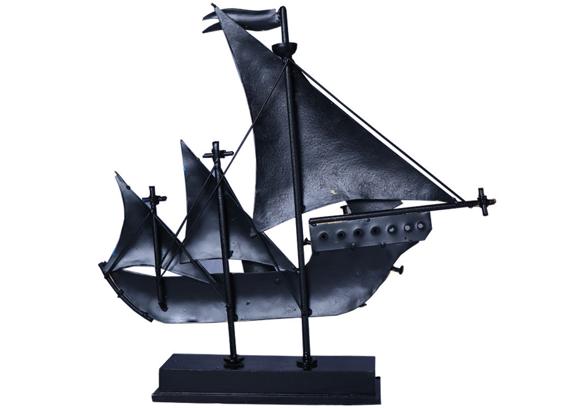 Boat Showpiece