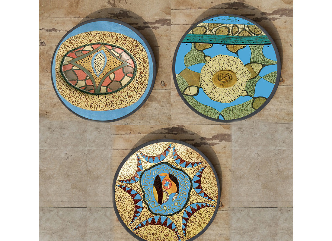 Hand-painted Bulgarian wall plates