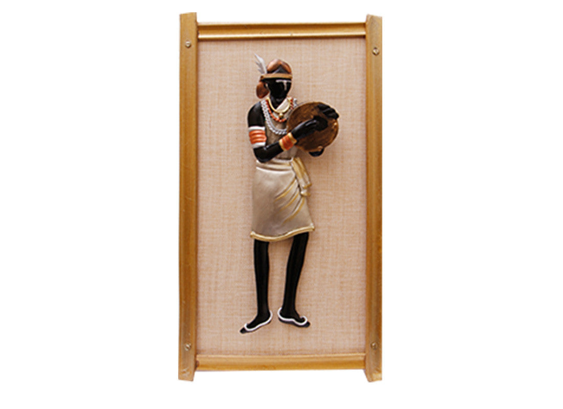 Lady Metal Wall Frame