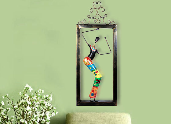 Metallic Doll Frame Wall Décor