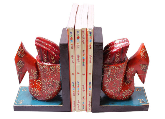 Red swan design handcrafted bookend