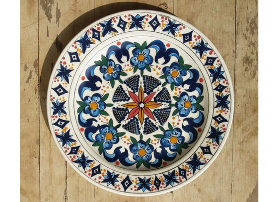 Royal design Spanish wall décor plate  sc 1 st  CraftedIndia & Hand-Painted Ceramic Wall Plates - Buy Decorative Ceramic Wall ...