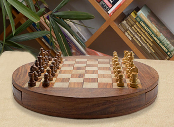 Round Shape Wooden Chess Board