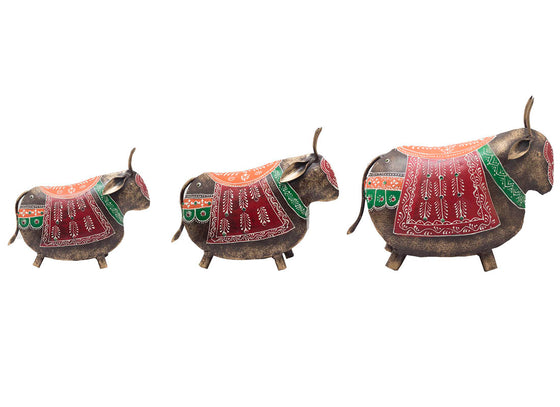 Metal Decorative Vintage Bull Showpiece Set of 3