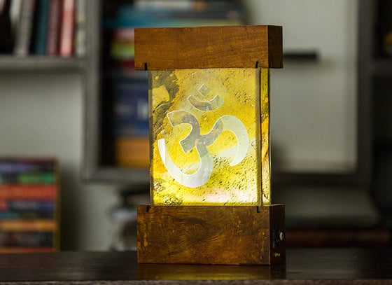 Om Design Lamp With Stone Veener (Chargable)