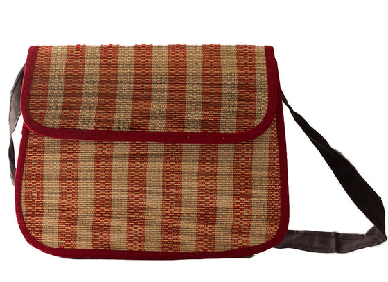 Simple bamboo sling bag