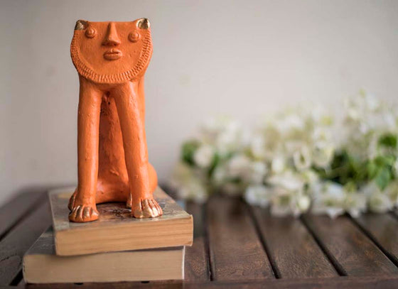 King of The Jungle Terracotta Decor Showpiece