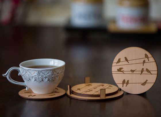 Set of 4 Round Coasters With Birds Design Engraved