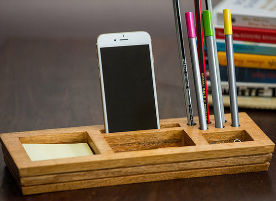 Wooden Table Organizer With Post-It Sticky Note