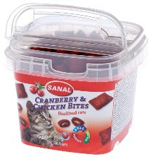 Sanal Cat Cranberry & Chicken Bites in cups in a cup 75g