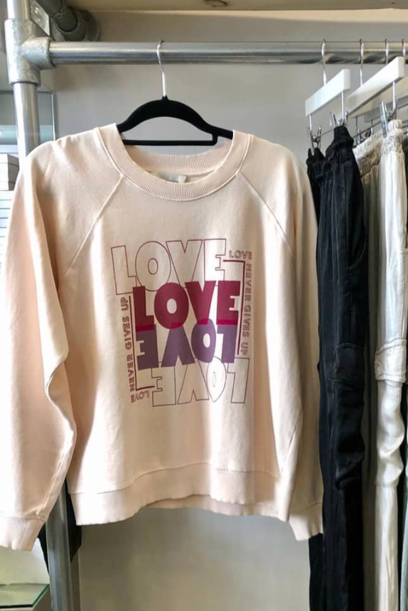 Berenice Love Slogan Sweater In Rose