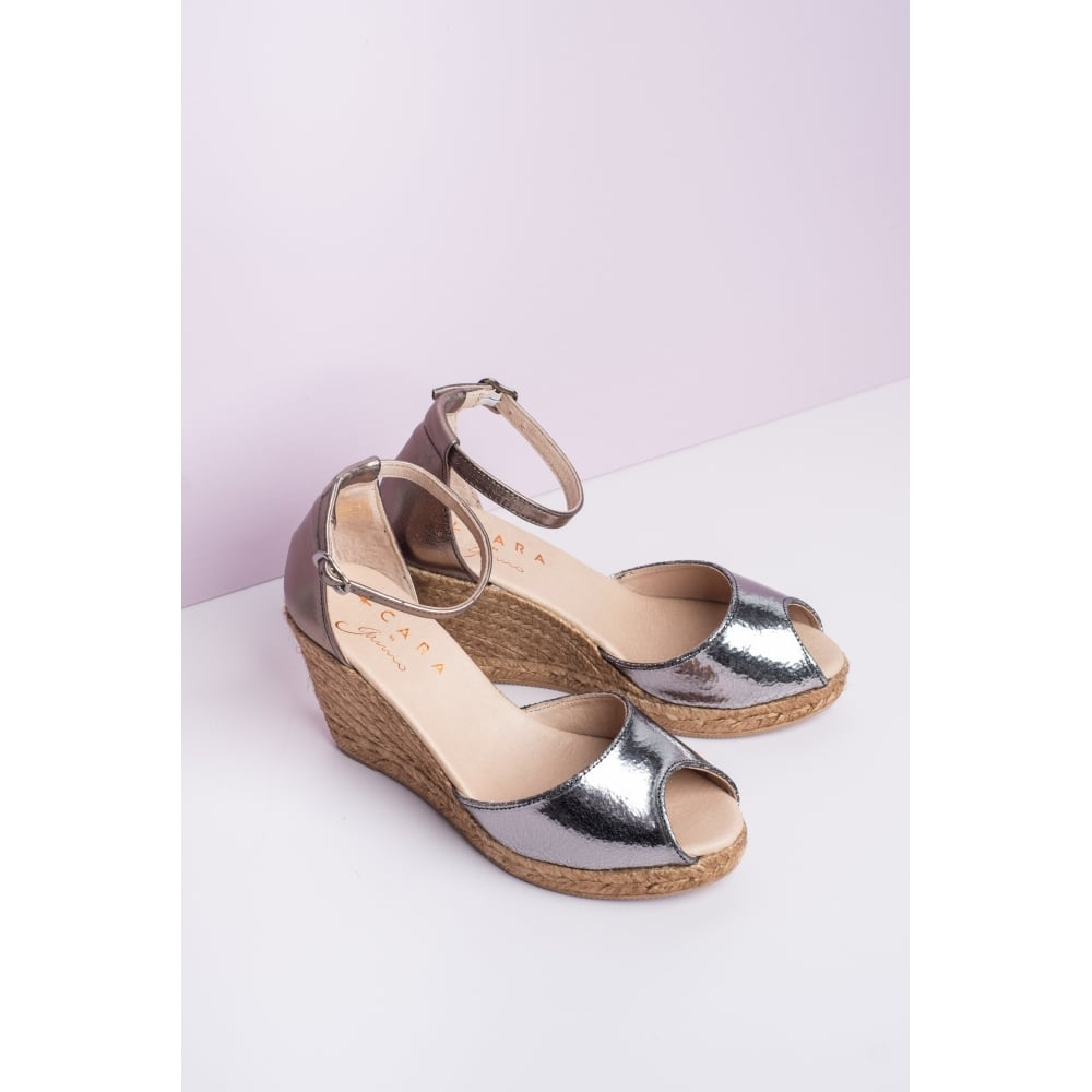 Susan Graphite Wedges