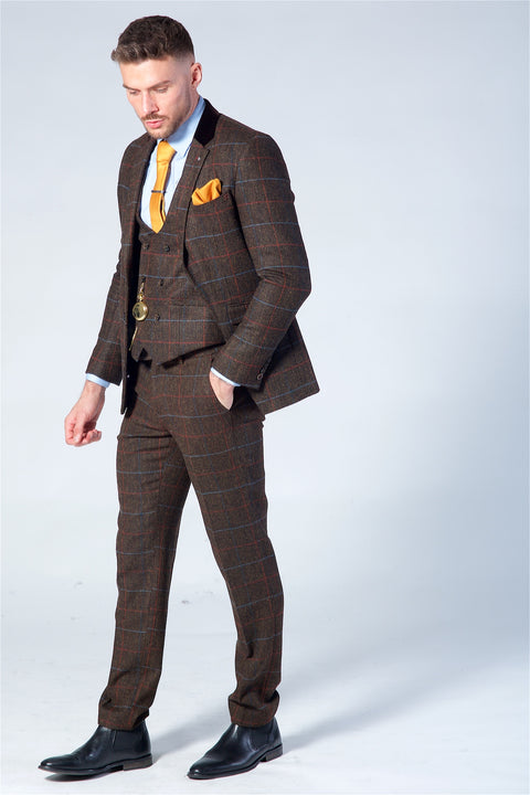 Cavani Tommy Brown Tweed Three Piece suit
