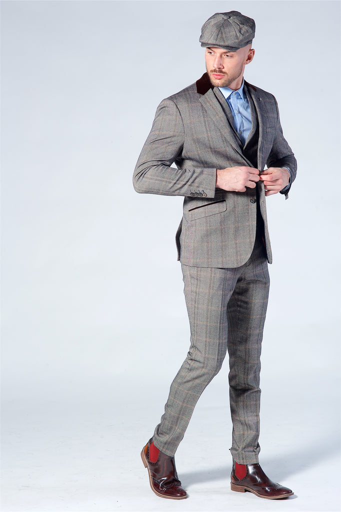 Cavani Connall Brown Tweed Three Piece suit