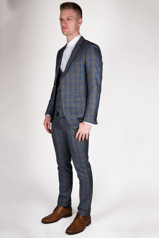 products/ROMAN-SUIT-FRONT.jpg