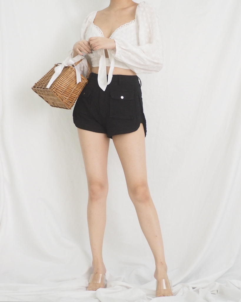 Genevieve Shorts (BLACK)