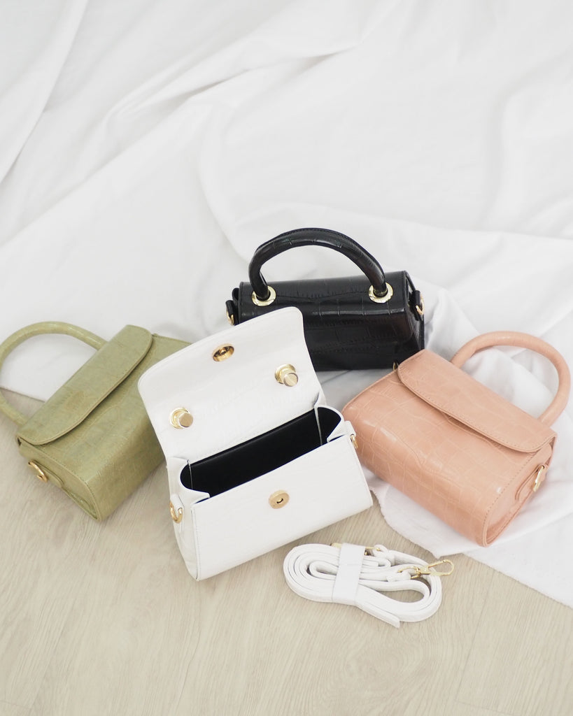 First Love Bag (WHITE) (BACKORDER)