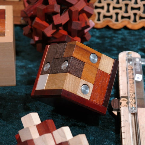 Puzzles and Games at Millhouse Lane Homewares