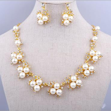 Beautiful Pearl Necklace Set - 786shop4you