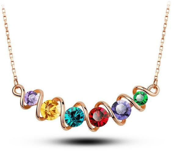 Twisted Short-Chain Crystal Necklace DLT