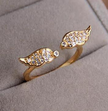 18K Gold Plated Angel Crystal Ring - 786shop4you