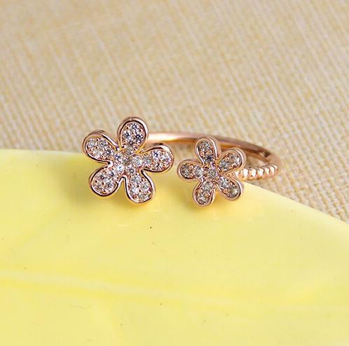 18K Gold Plated Crystal Flower Ring - 786shop4you