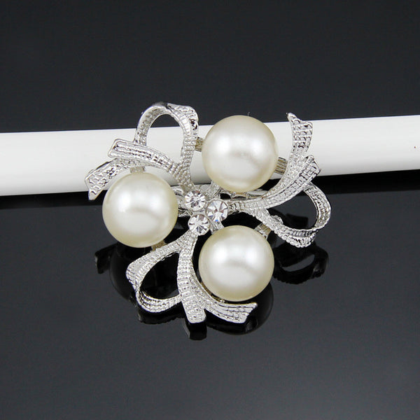 Pearl Diamante Rhinestone Crystal Brooch