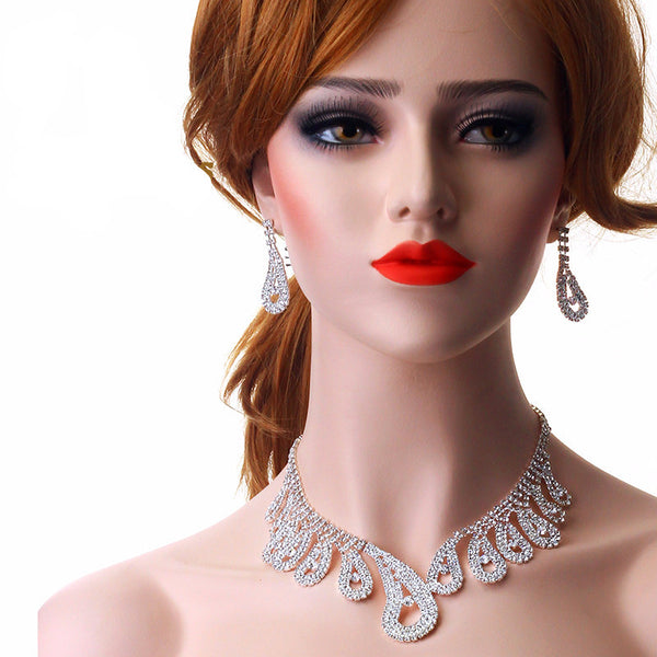 Peacock Tail Designs Crystal  Elegant Necklace Set F8