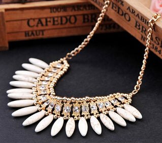 Retro Crystal Exquisite Tassel Necklace