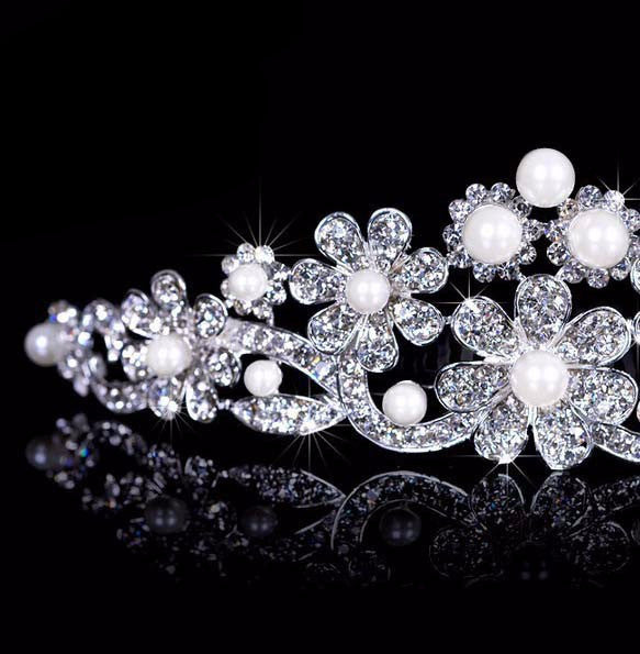 Trendy Flower Pearl Tiara Quinceanera - 786shop4you