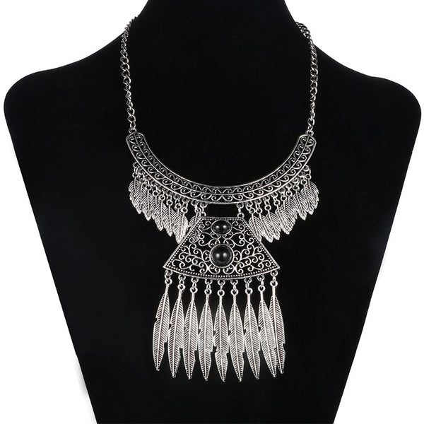 Vessas Tassel Necklace DLT