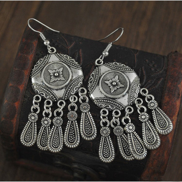 Roman Antique Silver Plated Earring LB
