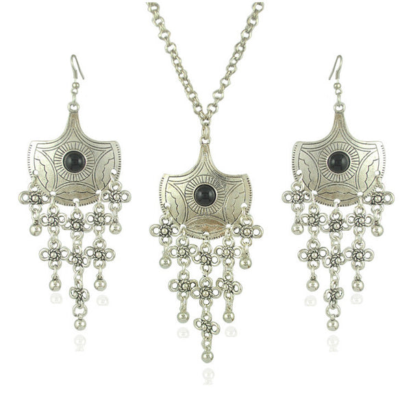 Antique Silver Flower Necklace Earring Set