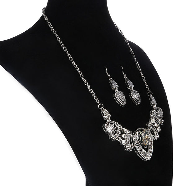 Shell Effect Crystal Necklace Earring DLT