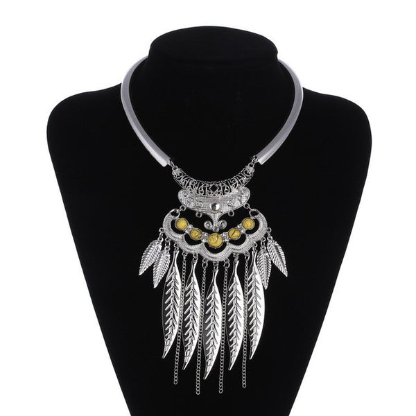 Leaves Tassel Fezzal Necklace LB