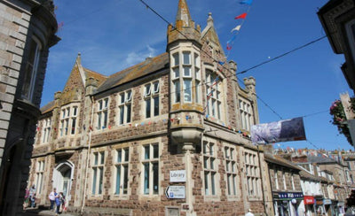 St Ives Library – A Wonderful Place Full Of Books, History & Art