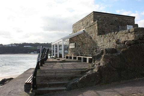 Smeaton's Pier St Ives Cornwall Shelter