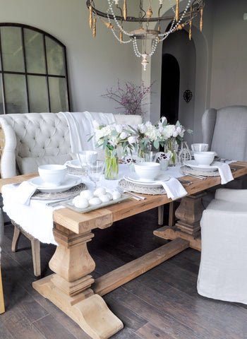 Modern Easter Table decorating idea