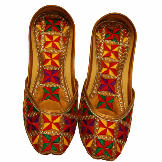 P-JUTI1348 Punjabi Jutti with Inside/Outside (Phulkari)