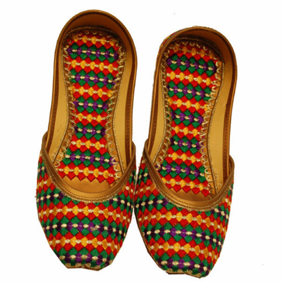P-JUTI1349 Punjabi Jutti with Inside/Outside (Phulkari)