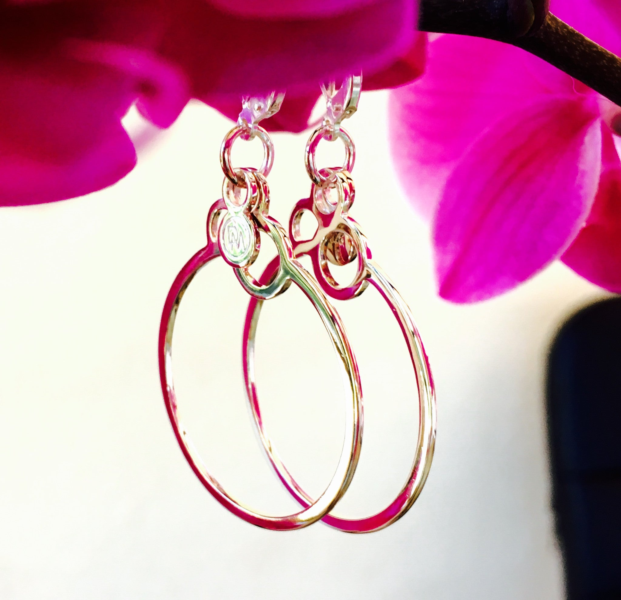 Circles Earrings Hoops Light